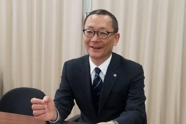 千葉県立船橋高校の安藤久彦校長