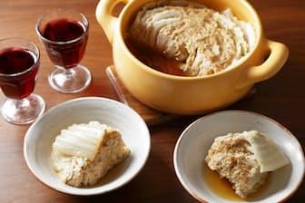 今が旬、ハクサイのうま味たっぷり、熱々のハクサイミルフィーユ煮