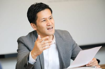 ビジッツテクノロジーズの松本勝最高経営責任者(CEO)