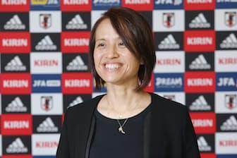 サッカー女子日本代表の高倉麻子監督
