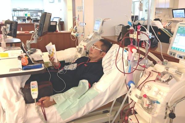 ペイシェントフッドの宿野部代表は、自身も週3回の透析を受けながら患者の就労支援を続けている