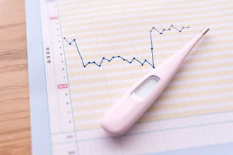 低体温の女性が増えているのでは? (写真はイメージ=PIXTA)