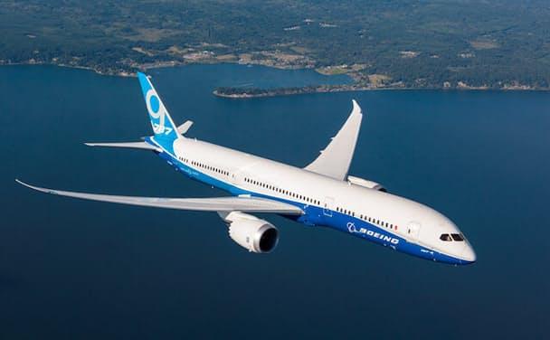 ・軽量化を目指して炭素繊維複合材料を全面採用した航空機