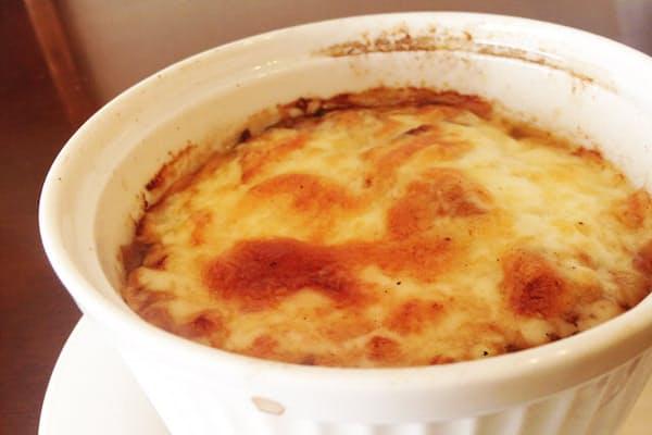 オニオングラタンスープは、パリ生まれのフランス料理