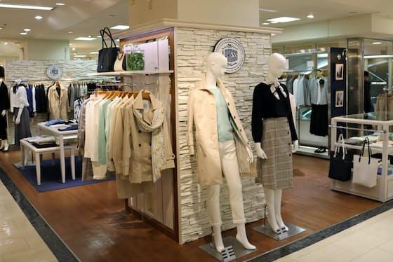 「J・プレス」の女性部門はトラッドのデザインに流行の要素を取り入れたのが特徴