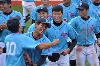 永田学長は「人間としての成長を一番に考えたい」と訴える(写真は筑波大硬式野球部、2018年10月)=同大提供