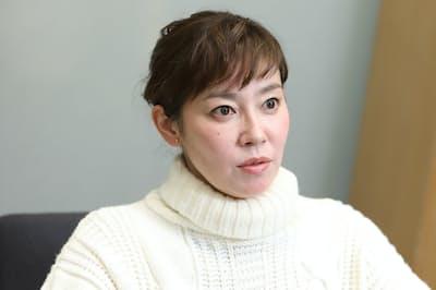 1976年横浜市出身。オーディション合格を機に活動をはじめ、NHK連続テレビ小説「天うらら」で初主演。ミュージシャンの故・川島道行さんとの間に2女。映画「まく子」が15日公開。