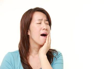 軟膏(なんこう)を塗るなどしても口内炎が2週間以上治らない場合は、口腔がんの初期症状である場合がある。写真はイメージ=(c)jedimaster-123RF