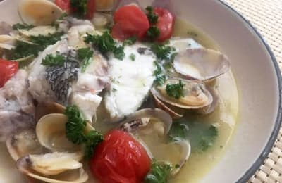 イタリア南部・ナポリの郷土料理、アクアパッツァ