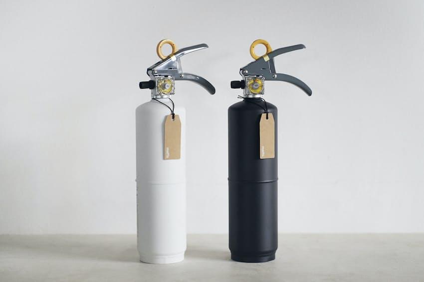 モリタ宮田工業は家庭向けを狙った新しいデザインの消火器を発売した。マットな白と黒を基調にしている