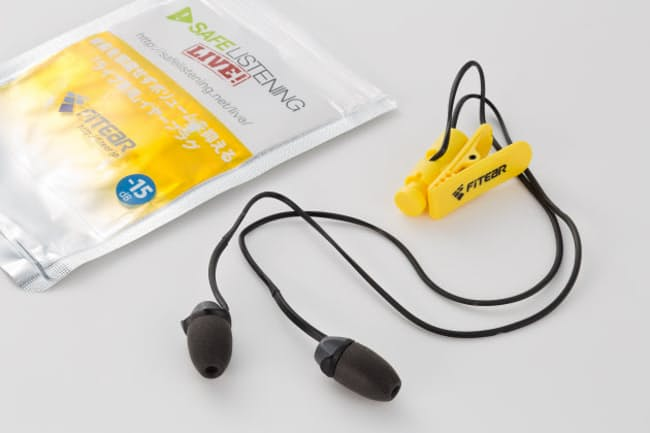 ライブで観客がつける耳栓。いったいどんな仕組みなのか