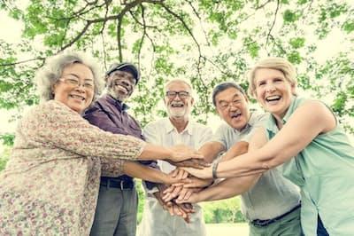 元気高齢者の調査から見えてきた健康長寿のコツは?写真はイメージ=(c)rawpixel-123RF