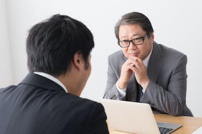 新型リクルーターは若手社員の片手間業務ではなく、専業のプロ。写真はイメージ=PIXTA