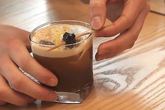 メープルシロップとレモン果汁を加えたコーヒーなどひと味違った商品を販売
