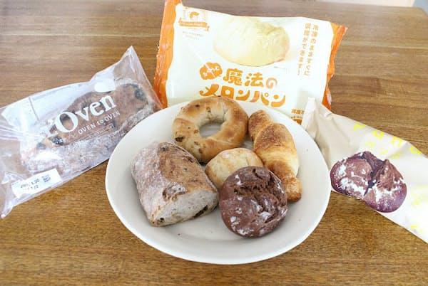 今回試食した3社分の冷凍パン。左から「ル・オーブン」「ブーランジェリーピノキオ」「パンド」