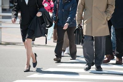 働き方改革の効果を感じない人は過半数を超えている(写真はイメージ=PIXTA)
