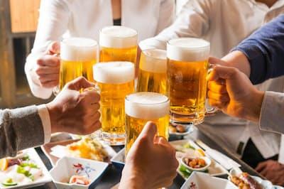 飲む前に飲む「助っ人」といったら、一般にウコンや肝臓水解物、漢方薬を想像する人が多いだろう。しかし、これらに該当しない新たな選択肢があるという(c)keisuke kai-123RF