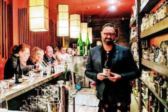メルボルンで日本酒バーなどを経営する「酒サムライ」アンドレ・ビショップさん