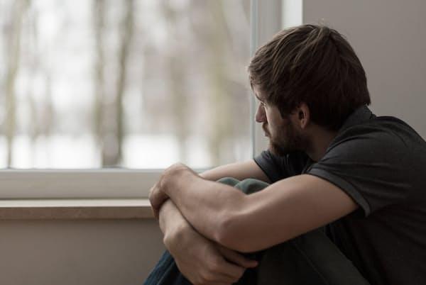「うつ病かも」と思っても2~3日で治ることもある。医療機関を受診すべきはどんな場合だろうか。写真はイメージ=(c) Katarzyna BiaA asiewicz-123RF