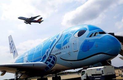 """""""空飛ぶホテル""""超大型旅客機「エアバスA380」"""
