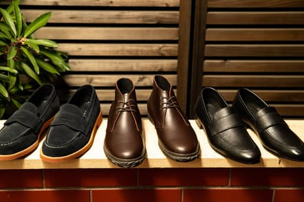 雨に強く、仕事でもプライベートでも活躍する靴を紹介する