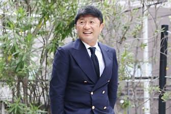 1967年静岡県生まれ。小学生からサッカーを始め、高校1年で全国選抜。86年読売サッカークラブ。19歳で日本代表。Jリーグ発足後はヴェルディ川崎などに在籍、通算94得点は歴代18位タイ(5月19日時点)。2001年の引退後は解説者、タレントとして活動。三浦秀行撮影