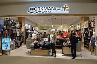 アウトドアショップのような店構えで、イメチェンに成功した新業態の「ワークマンプラス」