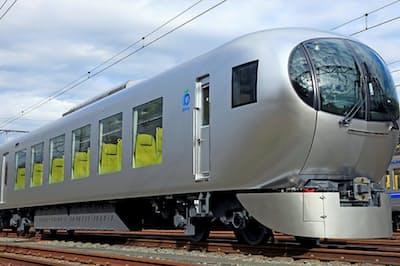 西武鉄道の新型特急「ラビュー」。乗車率がアップしたという
