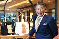 「横浜にはふるまいでも装いでもお手本にしたい、ダンディーな先輩がたくさんいます。先人たちの教えを受け継ぎ、僕も伝えていかないといけない」と話すキタムラの北村宏社長(横浜市のキタムラ元町本店)