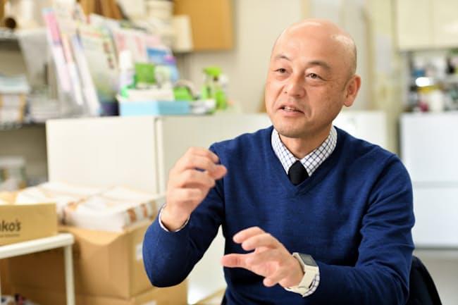 「就職活動の際、がんであることを告げるべきか」という相談を結構受けると話す精巣腫瘍患者友の会代表の改發厚さん