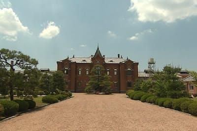 赤レンガ様式の建物などが特徴で重要文化財に指定されている「旧奈良監獄」