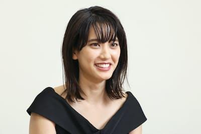 1994年千葉県出身。2011年「東宝シンデレラ」オーディション審査員特別賞受賞。ラグビー好きを公言、19年W杯開催都市特別サポーター(東京)。20年公開のハリウッド映画に出演予定。