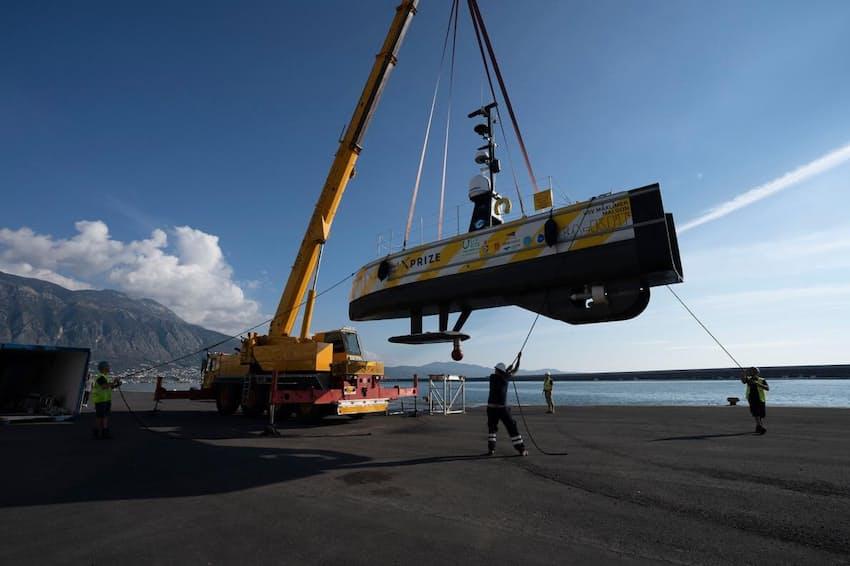 「700万ドル・シェル・オーシャン・ディスカバリ・Xプライズ」で優勝を手にしたのは、14カ国の海洋科学者が参加した「GEBCO-日本財団」チーム。同チームが作製したSeaKIT(写真)と呼ばれる低コストの無人水上艇には、地球の海底をすばやく視覚化できるクラウドベースのデータ処理システムが搭載されている(PHOTOGRAPH COURTESY, XPRIZE)