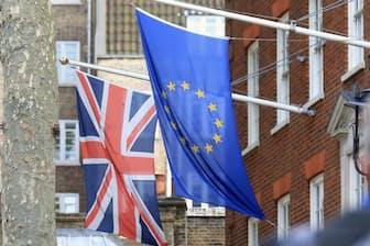 英国の次期首相は強硬ブレグジット派が有力か