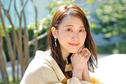 松井玲奈 1991年、愛知県出身。2008年にSKE48一期生としてデビュー。15年の卒業後は女優に。3月まで放送のNHK連続テレビ小説『まんぷく 』では主人公の親友役を務めた。映画『女の機嫌の直し方』などに出演