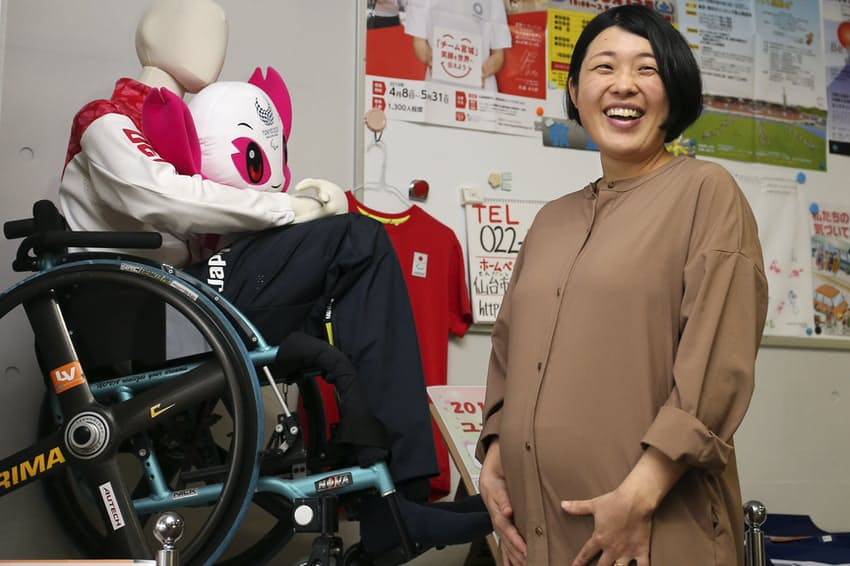 大津広美は現在、産休に入り、生まれてくる子を心待ちにしている(仙台市障害者スポーツ協会で)