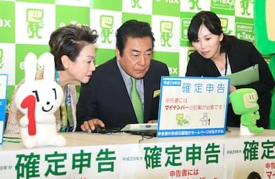 俳優の高橋英樹さんは確定申告のPRに長年協力していることでもおなじみだ