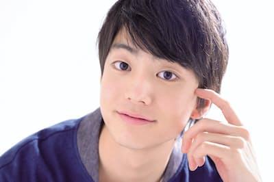 1997年6月30日生まれ、東京都出身。『コーヒーが冷めないうちに』で日本アカデミー賞新人俳優賞・話題賞俳優部門。5月12日まで舞台『春のめざめ』上演中。主演映画『惡の華』は9月27日公開(写真:藤本和史)