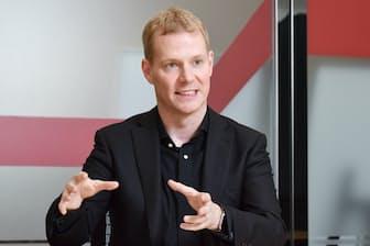 レノボ・ジャパンのデビット・ベネット社長は米AMDの日本法人で営業を初めて学んだ