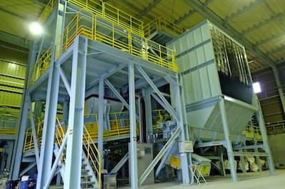 太平洋セメント大船渡工場(岩手県大船渡市)に設けられた実証試験の設備