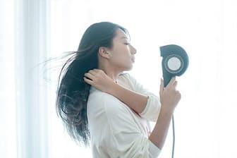 理美容家電メーカー、カドークオーラの高級ヘアドライヤー「BD-E1」。2万8000円(税別)