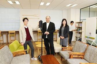 常務取締役COOの中村研太さん(左)、People Divisionマネージャーの下司剛義さん(中)、同部門の有馬さよ子さん