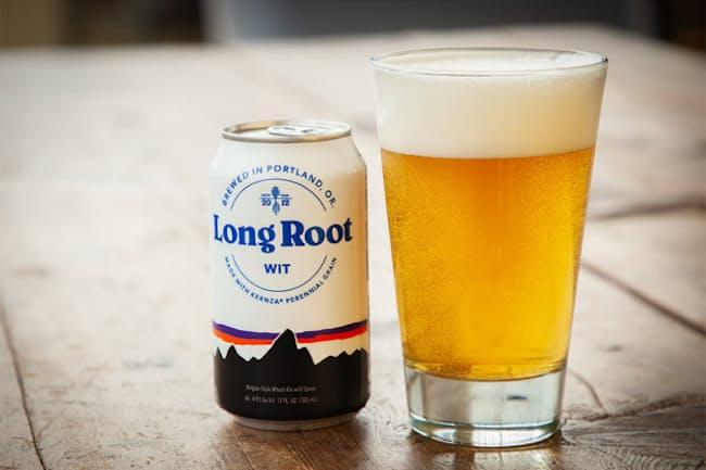 カーンザを原料としたクラフトビール「ロング・ルート・ウィット」。パタゴニアの食品部門「パタゴニア プロビジョンズ」の新作としてデビューした