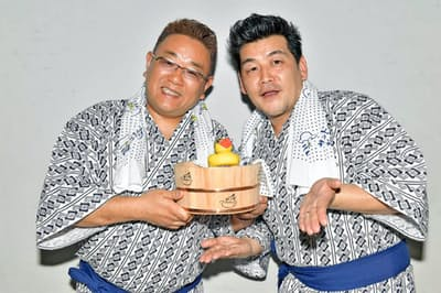 サンドウィッチマン(右が富澤たけし、左が伊達みきお)