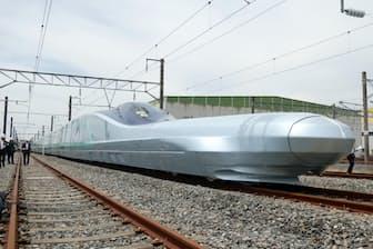 時速360キロを目指すJR東日本の次世代型試験車両「ALFA―X(アルファエックス)」