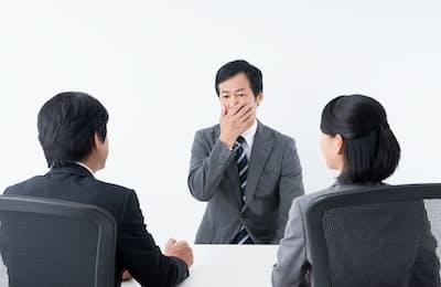 40代から上は転職面接での言葉選びも30代までとは様変わりする。写真はイメージ=PIXTA