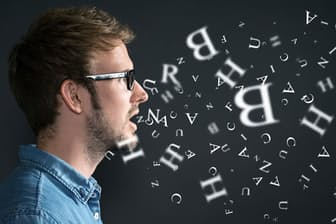 ストレスで苦しい時、なぜ言葉で気持ちを整理することが有効なのか。写真はイメージ=(c)lassedesignen -123RF