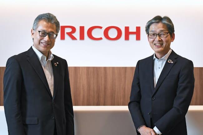 リコージャパン常務執行役員の山田裕治氏(右)とHR・EDTechサポートグループリーダーの高須彰一氏