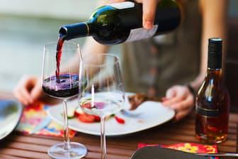 適度な飲酒量を守っていれば、がんのリスクは上がらない?写真はイメージ=(C)Blue Orange Studio-123RF