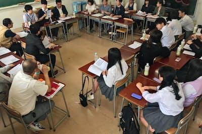 大東学園高校では生徒と教師、保護者の3者が話し合って校則を決めている(東京都世田谷区)